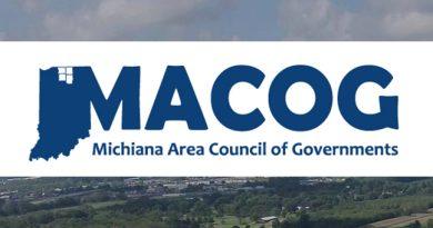 NOTIFICConsejo de Gobiernos del Área de Michiana SFY 2022-2026 Programa de Mejora del TransporteACIÓN DE SOLICITUD PARA PROPUESTAS (RFP)